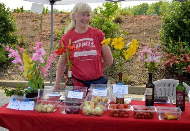 A-Farmers Market is open pic1