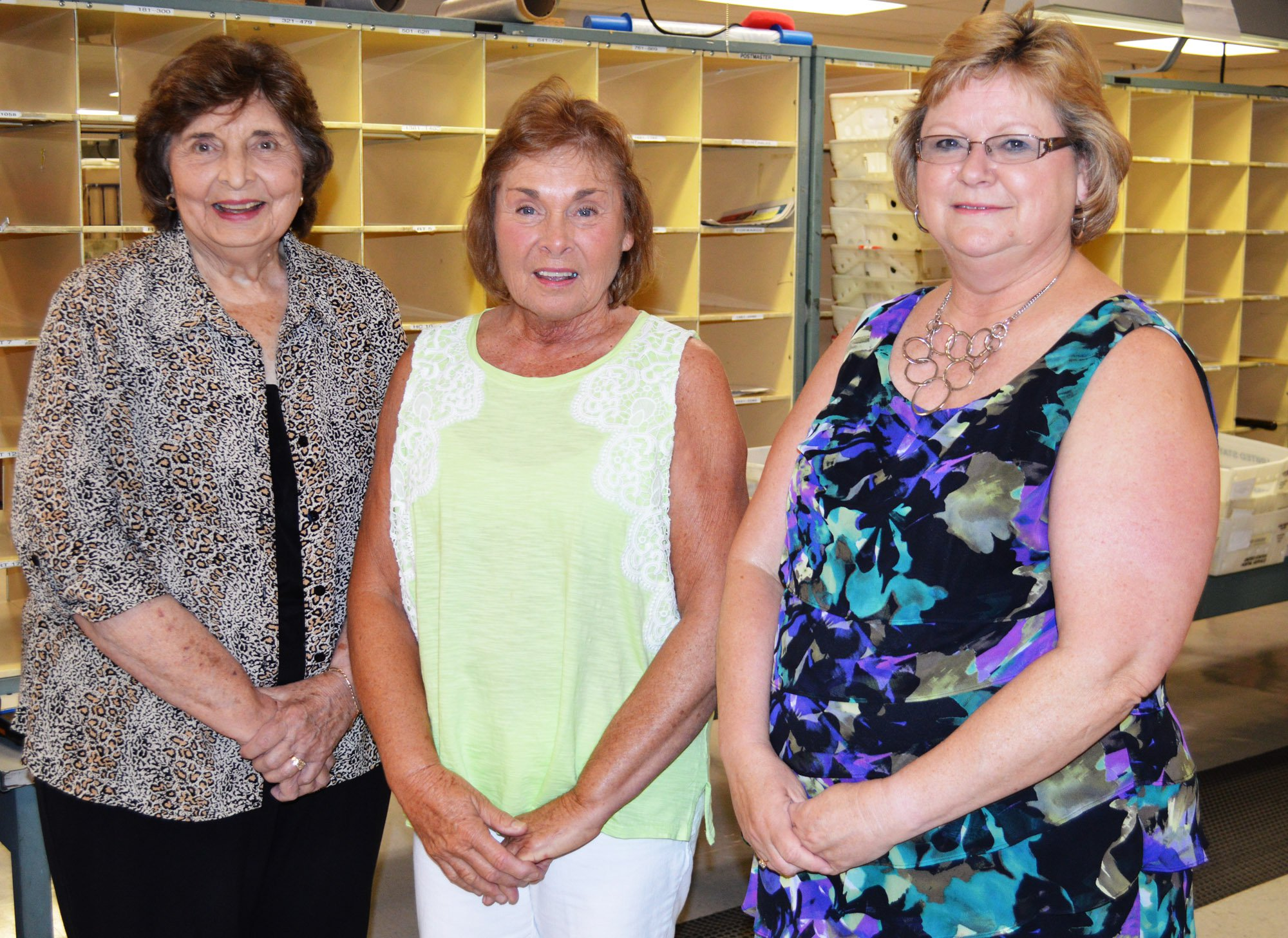 Mail Carrier Retires 6