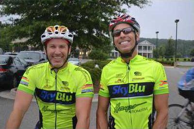 3ZSR Pic of cyclists
