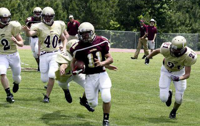 DCHS spring fball pic2