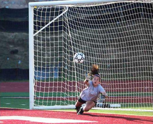 S-Varsity Girls Soccer pic1
