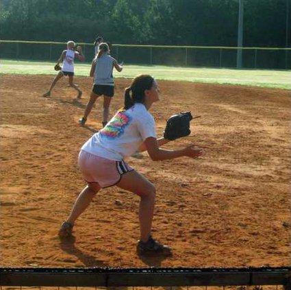 S-Varsity Softball pic1