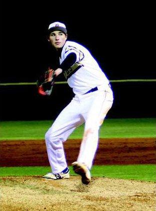 S-Varsity Baseball-Noah Davis pic1