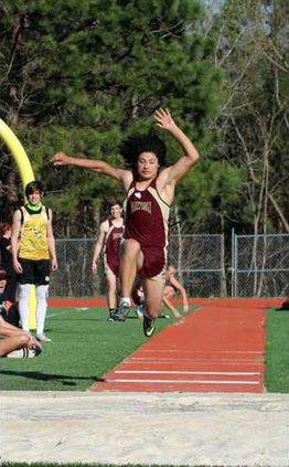 S-Varsity boys track pic1