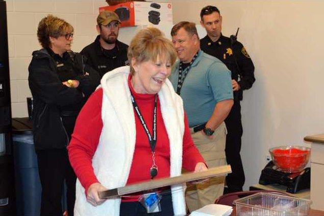 I-Longtime 911 director retires pic1