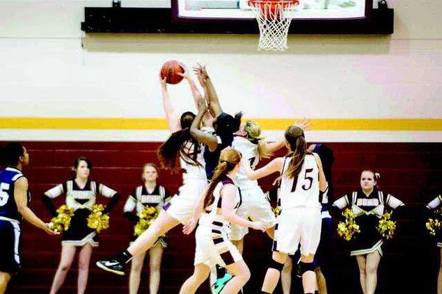 Girls basketball pic1