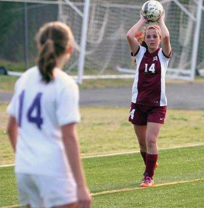 Varsity Girls Soccer pic6