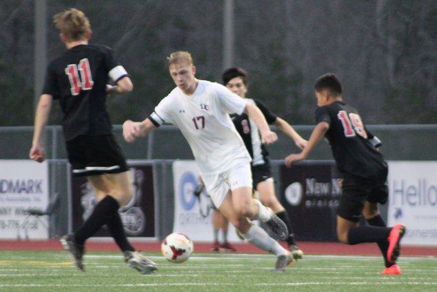 DCHS soccer 04-10
