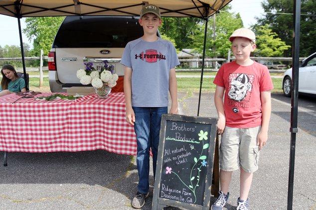farmers market pic 1