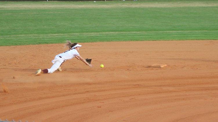 S-Softball pic 1.JPG